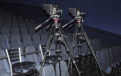 An Ultimate Buying Guide to Choose the Best Tripod for Live Streaming